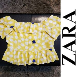 Zara - Cold Shoulder Peplum Crop Top